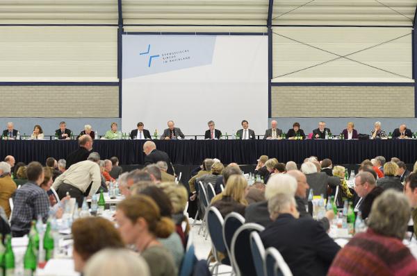 Rückblick: Die außerordentliche Landessynode im Herbst 2013 hatte den Prozess der Haushaltskonsolidierung in Gang gesetzt.