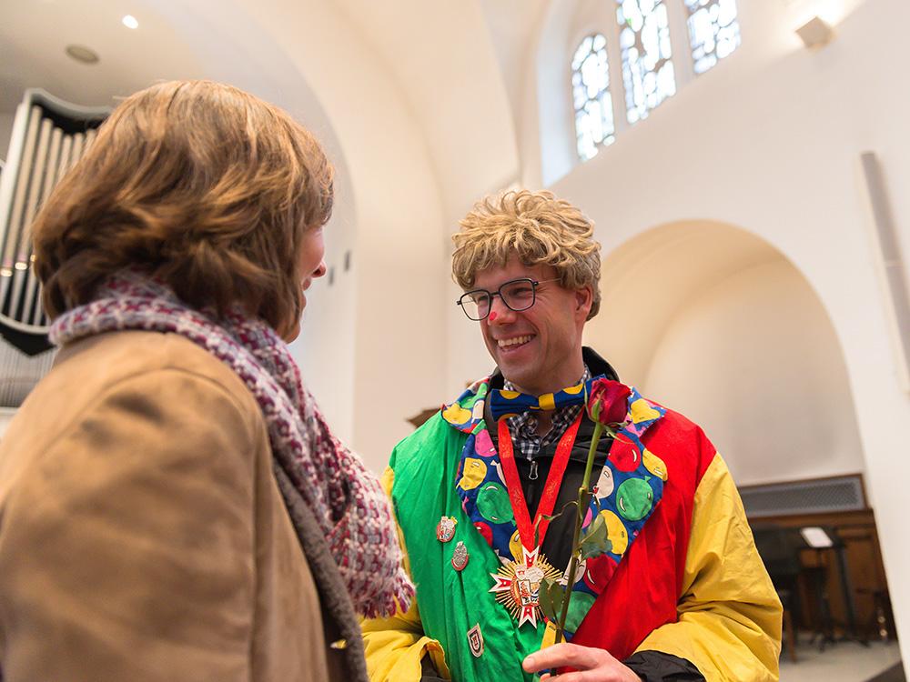 """Inzwischen im 13. Jahr in Folge lädt die Lutherkirche zu einem einzigartigen, """"karnevalesken"""" Gottesdienst am Karnevalssonntag für Karnevalsliebhaber wie -flüchter gleichermaßen (Foto: Christian Oeser)"""