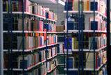 Auch online: Die Präsenzbibliothek im Haus der Begegnung. Foto: Henning Kaiser, Köln