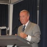 Danklieder zum Thema seiner Andacht: Pfarrer Wolfgang Harnisch, Vorsitzender der Vereinigten Kreissynodalvorstände. Foto: Uta Garbisch