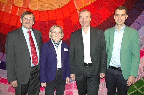 Stellten die Studie über Religionsunterricht vor (v.l.): Oberkirchenrat Eberl, Professorin Baumann sowie aus Wien Professor Rothgangel und Dr. Klutz.