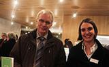 Pfarrerin Ulrike Verwold mit Superintendent Eckart Wüster im Kirchenpavillon am Bonner Kaiserplatz