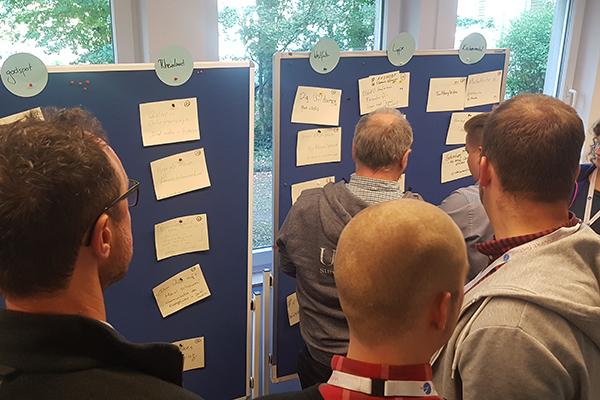 Session-Planung beim vergangenen Barcamp Kirche Online im Köln.